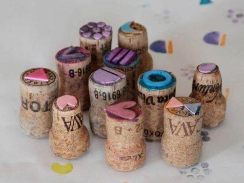 Штампы для скрапбукинга из винных пробок