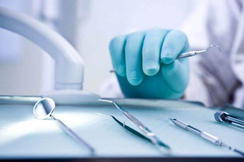 Всё о профессии «стоматолог»: история, описание, плюсы и минусы, специальности, обучение