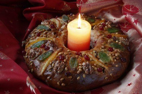 Рождественский кекс «болорей» в Португалии