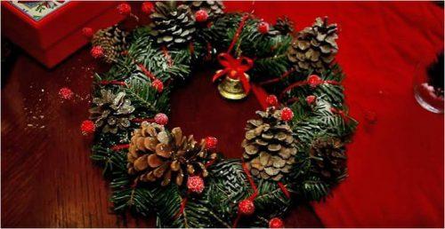 Венок новогодний своими руками из елочных веток